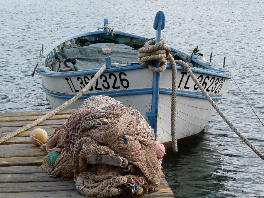 bateau de peche traditionnel